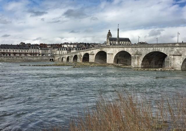 De Suevres à Blois